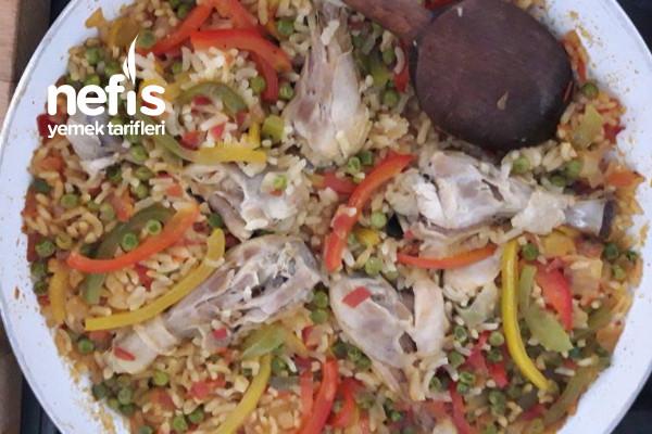 Sebzeli Ve Tavuklu Paella