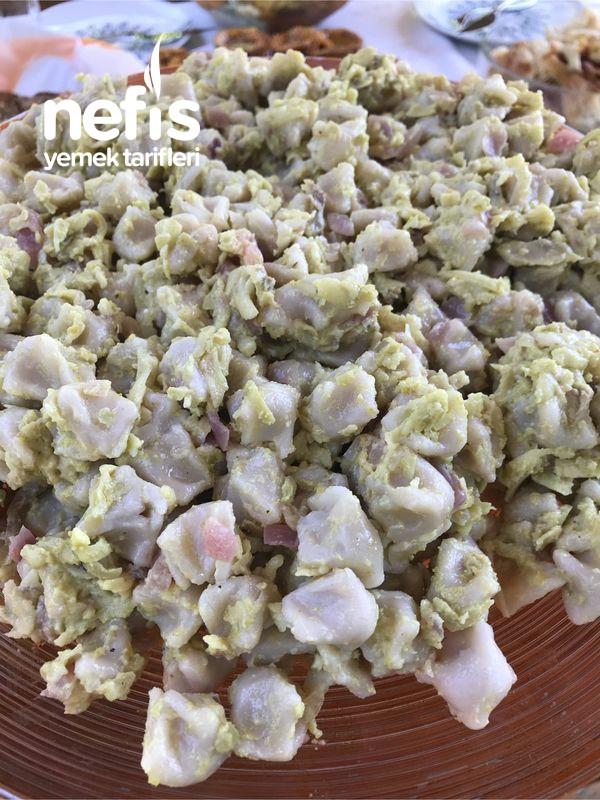 Avokadolu Mantı Salatası