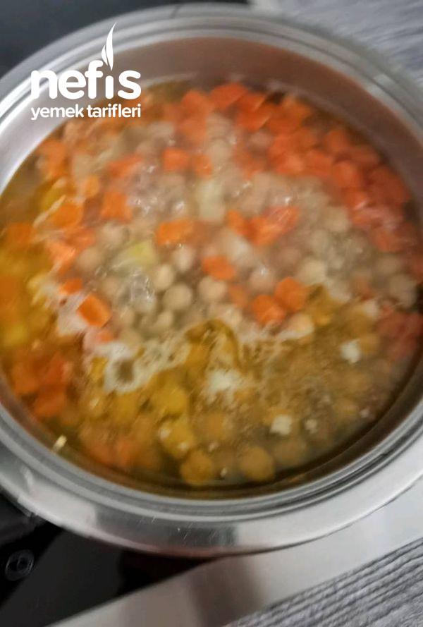 Terbiyeli Ekşili Sulu Köfte Çorbası