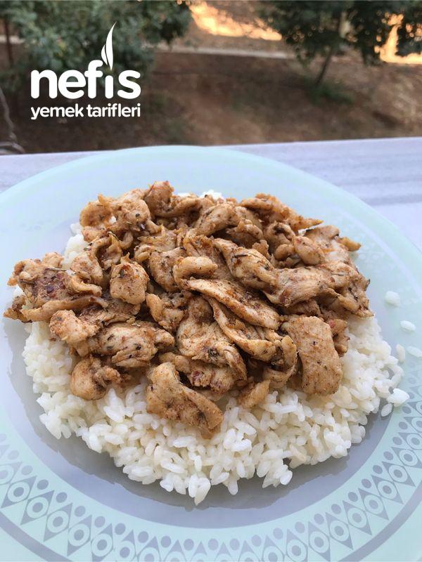 Pilav Üstü Baharatlı Tavuk