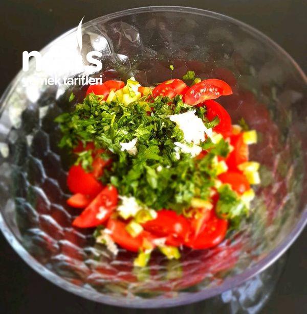 Bu Salatayı Yapın Vazgeçemezsiniz