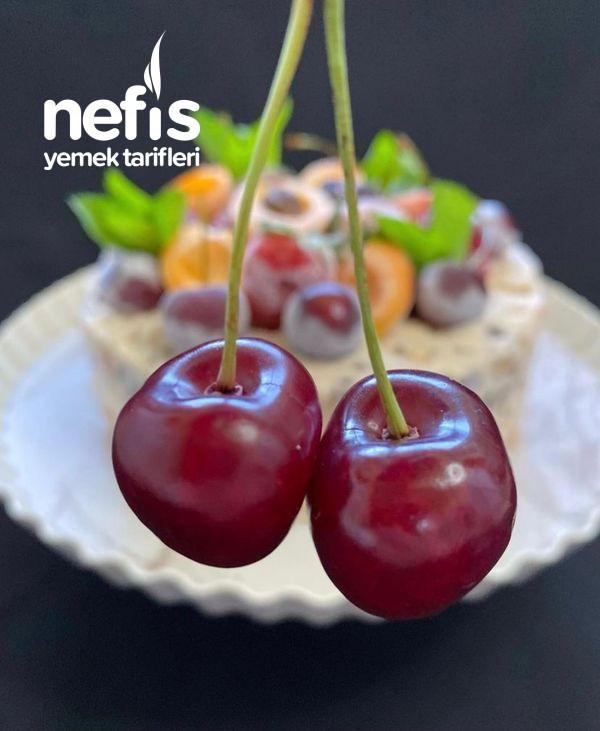 Meyveli Parfe