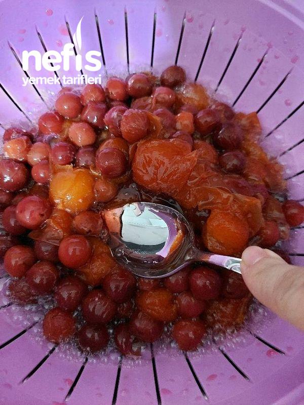Vişneli Erikli Meyve Suyu
