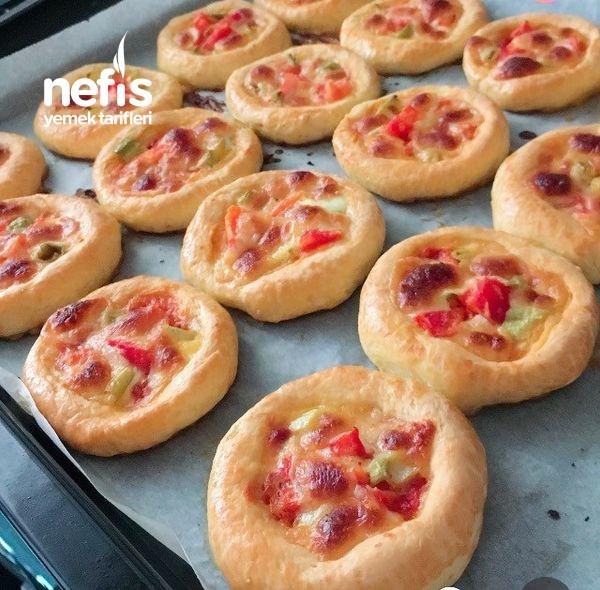 Mayasız Minik Pizzalar