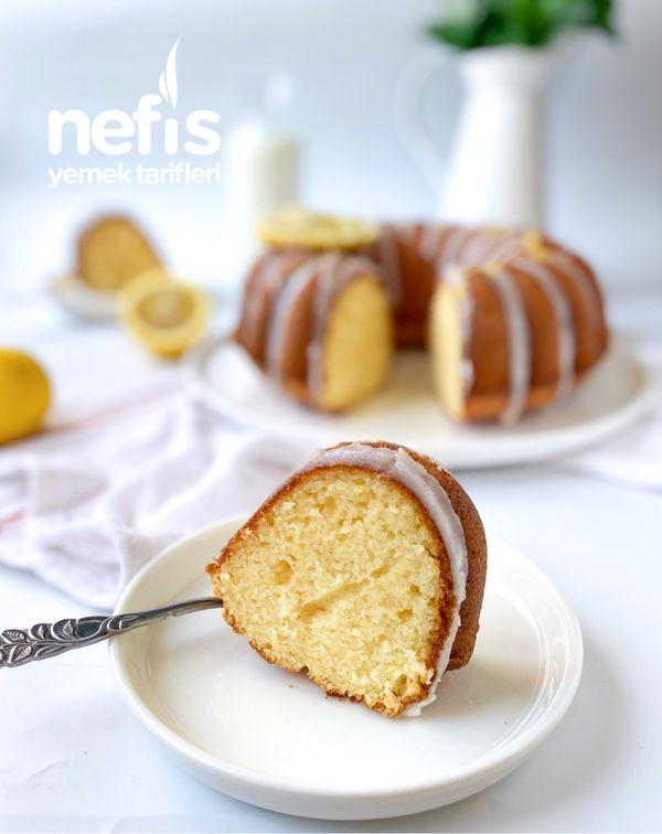 Yumuşacık Dokusuyla Soslu-Limonlu Kek
