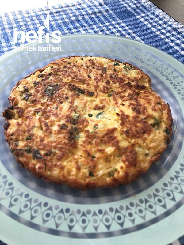 Börek Tadında Patatesli Omlet