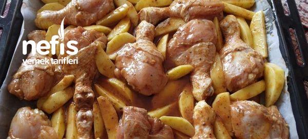 Fırında Soslu Tavuklu Patates