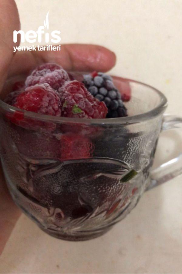 Kırmızı Meyveli Fit Yaz Tatlısı