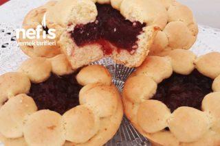Muffin Kalıbında Meyve Dolgulu (Papatya Pasta) Tarifi