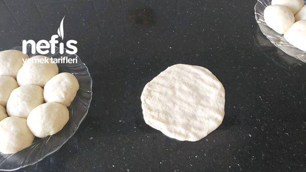 Yumuşacık Pamuk Gibi Peynirli Poğaça (Videolu)