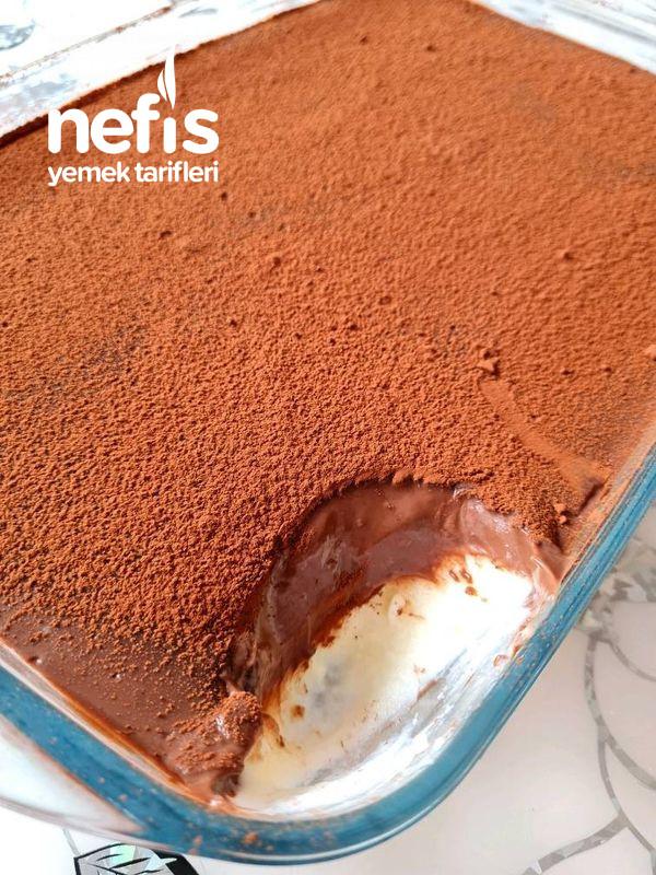 Çikolata Soslu Kaşık Tatlısı (Yemeye Başladı Mı Bırakamazsınız;))
