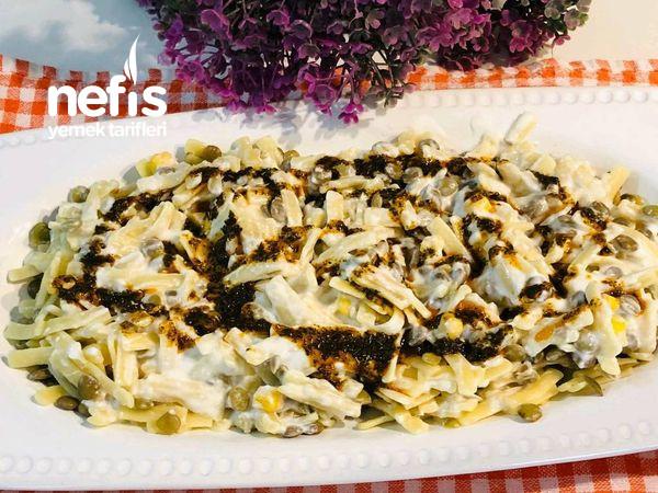 Mercimekli Mısırlı Erişte Salatası (Çok Lezzetli Doyurucu)