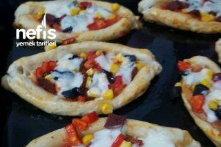 En Pratiğinden Milföy Pizza Tarifi