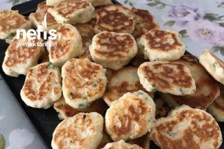 Kahvaltılık Peynirli Mini Pankek Tarifi
