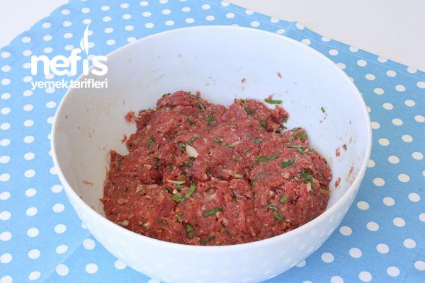 Köfteli Patlıcan Bohçası Tarifi (Kürdan Kebabı)-1455-070851