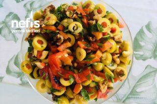 Kahvaltılarınıza Yakışacak Muhteşem Lezzet Zeytin Salatası Tarifi