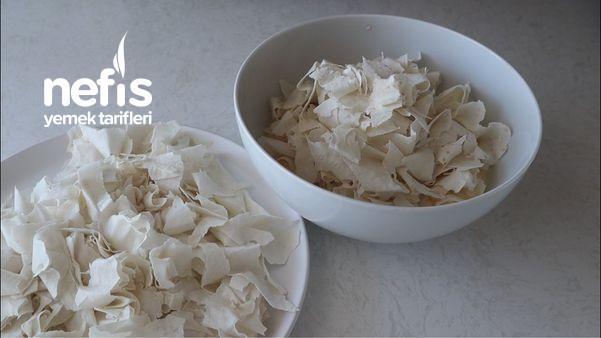 İster Kahvaltıya İster Beş Çayına-Tava Böreği Tarifi (Videolu)