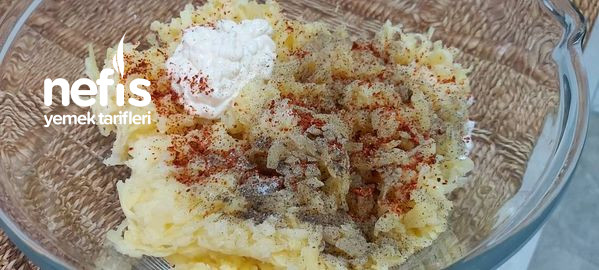 Sütlü Patatesli Börek