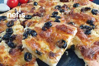Kahvaltıya Sarımsaklı-Peynirli Ekmek Tarifi