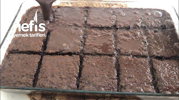 Bildiğiniz Bütün Islak Kekleri Unutun Bol Soslu Islak Kek Tarifi (Videolu)
