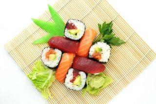 Sushi Çeşitleri: Yeni Başlayanlara 10 Adımda Sushi Rehberi Tarifi
