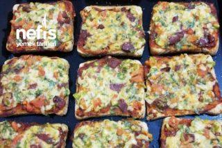 Tost Ekmeğinde Pratik Pizza Tarifi