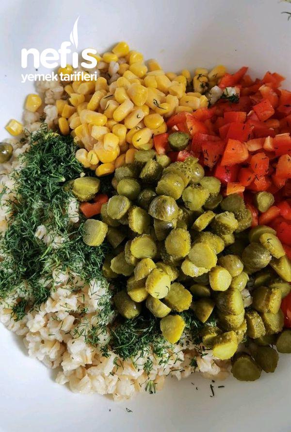 Yogurtlu Bugday Salatası (Yaz Salatası)