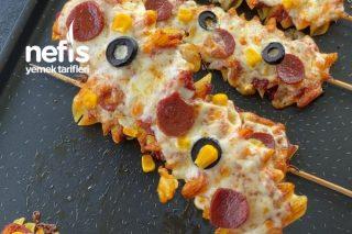 Makarna Pizza (Çocuklar Bayılacak) Tarifi