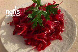 Salatalar İçin Kırmızı Lahana Turşusu Tarifi