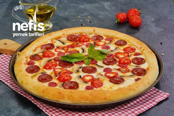 Dominos'a Rakip Efsane Pizza Tarifi