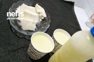 Bebekler İçin Tuzsuz Peynir Ve Peynir Altı Suyu Tarifi