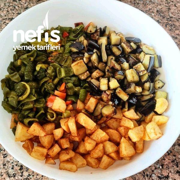 Köfteli Sebze Yemeği
