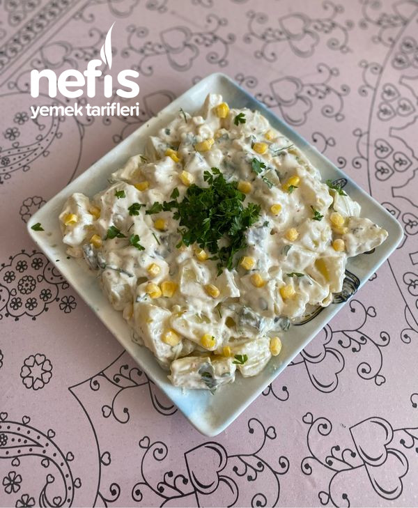 Nefis Tadıyla Yoğurtlu Patates Salatası