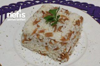 Tavuk Suyuyla Tane Tane Arpa Şehriyeli Pirinç Pilavı Tarifi