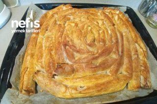 El Açması Tadında Hazır Yufkadan Peynirli Maydanozlu Börek Tarifi