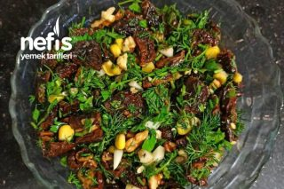 Kuru Domates Salatası Tarifi