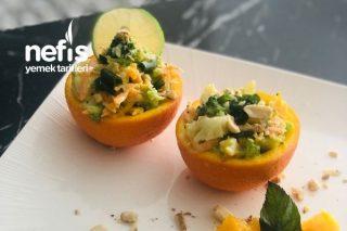 Portakal Çanağında Brokoli Salatası Tarifi
