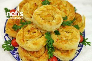 El Açması Lezzetinde Patatesli Kolay Börek Tarifi
