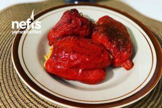 Zeytinyağlı Kırmızı Biber Dolması Tarifi