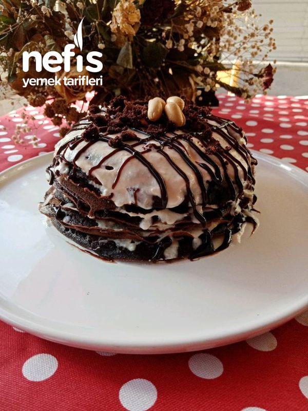 Fıstık Soslu En Pratik Kakaolu Pankek Pasta