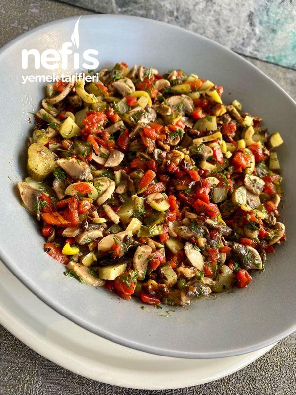 Hardallı Mantar Salatası