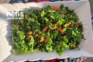 Roka Salatası (Balık Yanında Müthiş) Tarifi