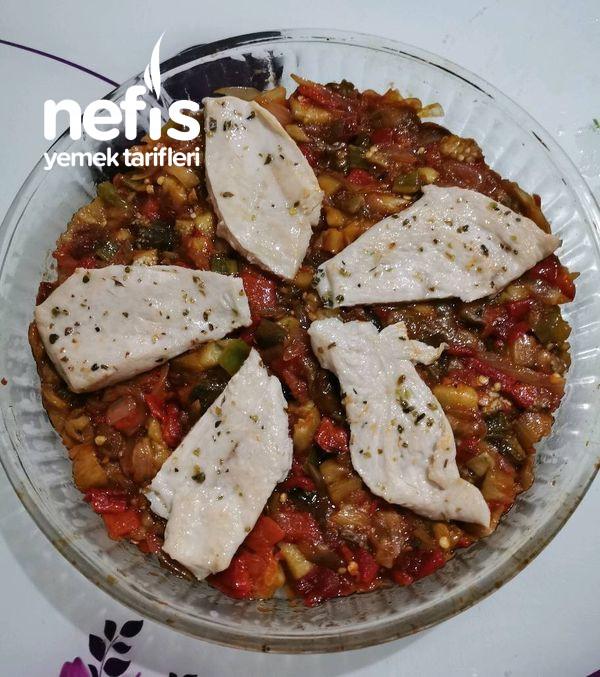 Tavuklu Patlıcan Çullama (Mezeli Pişen Ana Yemek)