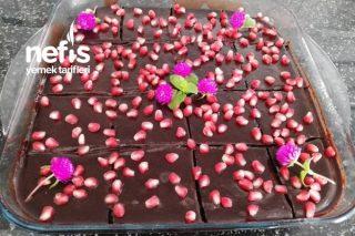 Çikolatalı Narlı Islak Kek Tarifi