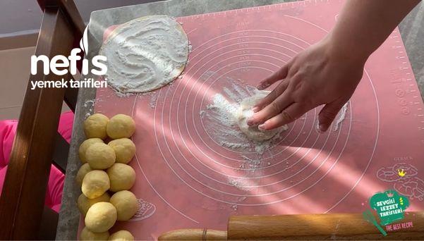 El Açması Laz Böreği (Videolu)