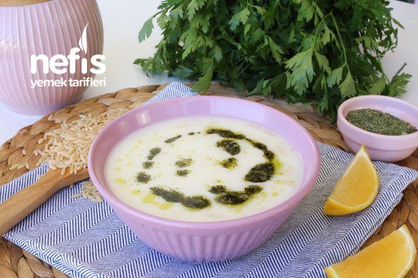 Bu Çorba Alışkanlık Yapar! Yoğurtlu Arpa Şehriye Çorbası (videolu)