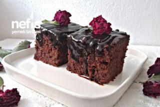 Bol Soslu Çikolatalı Kek Tarifi