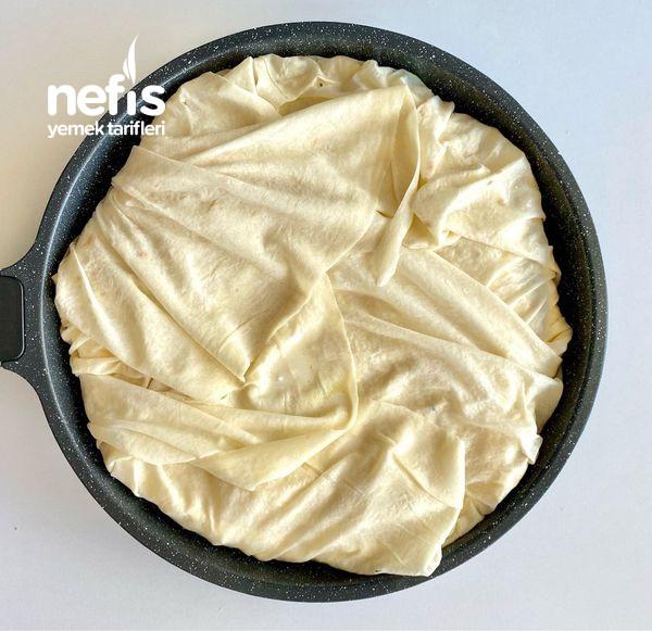 Tavada Buzluk Böreği (Su Böreğinden Farksız)