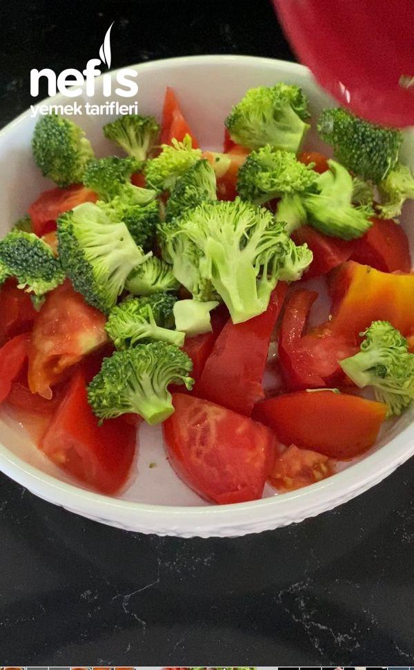 Brokolili Fırın Makarna (Az Efor Çok Lezzet)