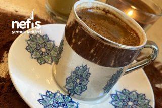 Bol Köpüklü Türk Kahvesi Yapımı (Dünya Kahveler Gününüz Kutlu Olsun) Tarifi